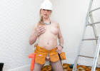 Hold on to your hardhats, Red Vex is on the job! The blonde hottie puts on a very sexy carpentry uniform and gets ready to give us an insanely mouthwatering building session. She is the ultimate tease! Enjoy!